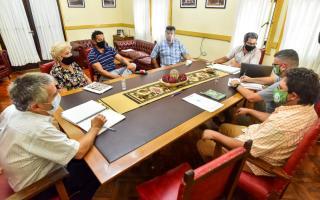 Paritaria 2021 en Chascomús: Acuerdan un 53,5% de aumento para municipales