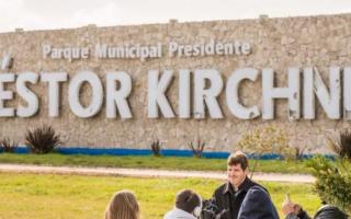 Sigue la polémica por los edificios con el nombre de Kirchner: En Mar Chiquita quieren sacarlo definitivamente
