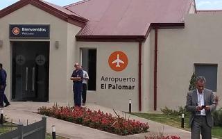 Desde noviembre el aeropuerto de El Palomar será internacional
