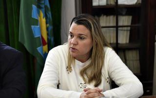 La senadora Petrovich acompaña desde el primer día a la familia de la víctima.