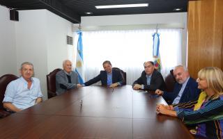 Gray se encontró con Pino Solanas y Mario Cafiero, dirigentes de Proyecto Sur, para aliarse de cara a las elecciones