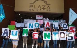 Manifestación en Morón