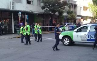 Varela fue asesinada mientras esperaba el colectivo.