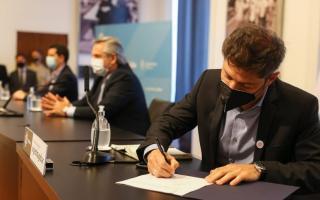 Fernández apuntó contra el gobierno anterior por paralizar obras y criticó a Vidal