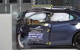 El nuevo Toyota Corolla no pasó la nueva prueba de choque del IIHS