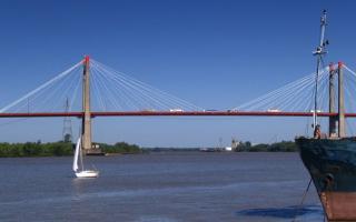 La propuesta es construir puentes como el Zárate - Brazo Largo.