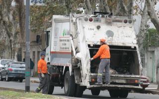 Por el feriado nacional no habrá recolección de residuos. Foto. Cadena Nueve