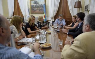 Reunión en la Legislatura con Mosca y exdiputados