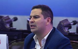 Nicolás Rodríguez Saá, el cuadro más complicado con neumonía bilateral.