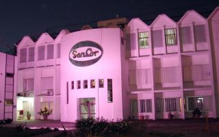 Sancor iluminó su Casa Central de color rosa para promover la prevención del cáncer de mama