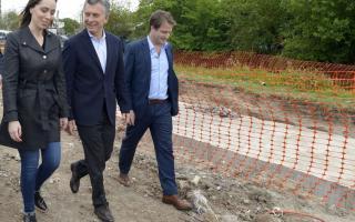 Macri y Vidal recorrieron obras de entubamiento de arroyos en San Fernando