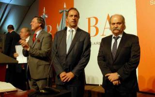Scioli junto a Casal y Granados durante el acto de Jura.