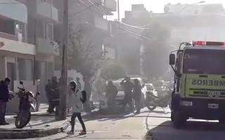 Bomberos apagaron rápidamente las llamas.