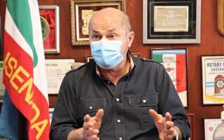 Mario Secco, intendente de Ensenada, octavo jefe comunal bonaerense positivo de Covid-19