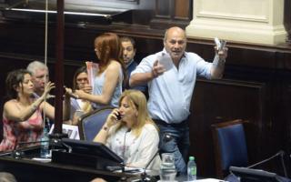 Incidentes en la Legislatura de 2017: Intendente de Ensenada ya tiene tribunal para ir a juicio