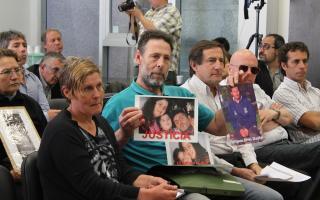 Familiares de víctimas en siniestros viales participaron del debate.