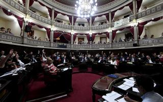 La Legislatura aprobó el Pacto Fiscal y Vidal celebró cumplir su promesa.