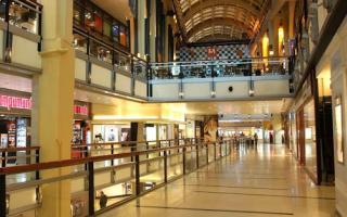 Vuelven los shoppings pero solo actividad comercial