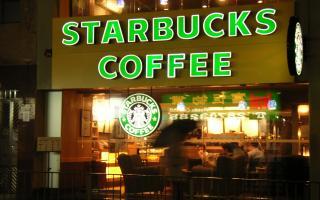 Starbucks deberá pagar una multa de 2.700 millones de dólares