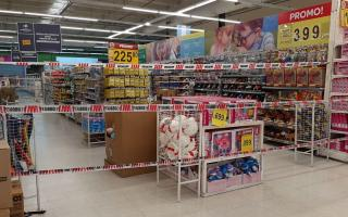 COTO, Carrefour, Walmart, Easy y Chango Más accedieron a cerrar sus góndolas