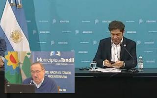 """""""No es fácil el chiquito"""": La reacción de Kicillof a la opinión sobre él del intendente de Tandil"""