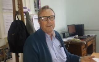 Enrique Groenenberg figura como aportante de la campaña.