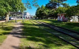 """Javier Gastón: """"Recuperamos la vieja traza ferroviaria para todos los vecinos de Chascomús"""""""