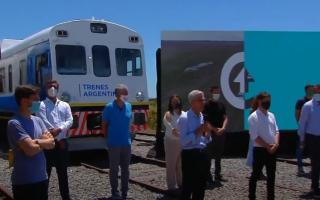 Kicillof, Massa y Meoni en viaje de prueba para reactivación del tren General Guido-Divisadero Pinamar