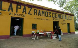 En Roque Pérez se hará la tradicional Noche de los Almacenes.