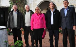 Cobos, Carrió, Sanz, Pino Solanas y Binner juntos en San Nicolás.