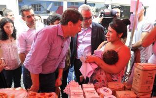Tarjeta AlimentAR en Tigre: Zamora y Arroyo presentes en la entrega en UTN de General Pacheco