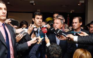 Urtubey y gobernadores del PJ marcan la cancha a Vidal.