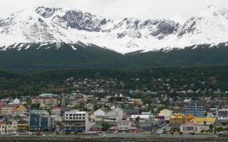 La retracción de visitas de turistas internacionales a Ushuaia se vio balanceada por la llegada de visitantes nacionales y de países limítrofes