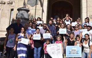 Los deudores afectados protestaron en Bahía Blanca.