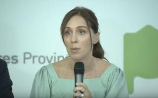 Vidal anunció acuerdo con estatales de la Provincia y que seguirán dialogando con docentes