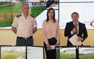 Vidal inauguró un nuevo centro integral de monitoreo.