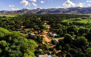 Villa Ventana se ubica en el partido de Tornquist, al sudoeste de la provincia de Buenos Aires