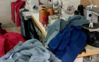 Rescatan 36 víctimas de explotación laboral en un taller clandestino que producía ropa para La Salada