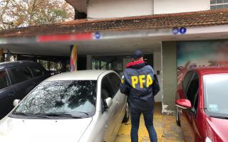 Policía Federal secuestró tres autos importados en una agencia de Provincia ingresados ilegalmente