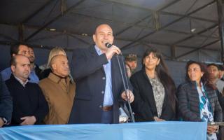 Molina apoyó a Macri desde Quilmes.