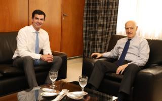 """Roberto Lavagna y Juan Manuel Urtubey sellaron una alianza en """"Consenso Federal 2030"""""""