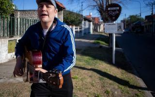 Tres de Febrero: Leo García tocó en la casa de Tanguito