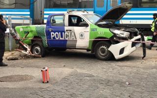 El patrullero es de la policía bonaerense