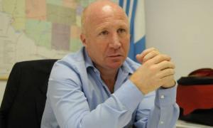 Mac Allister tomó medidas urgentes al quedar en medio de la polémica por irregularidades en su área.