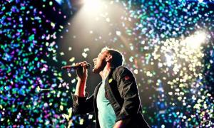 """Coldplay regaló su versión de """"De Música Ligera"""" en La Plata."""