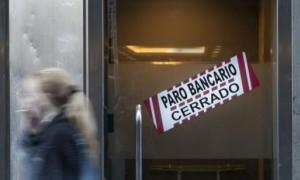 Crece el conflicto con el sector bancario.