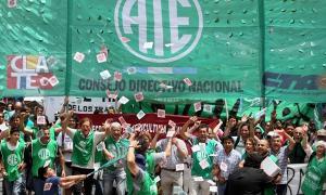 Protestas en todo el país contra Mauricio Macri.