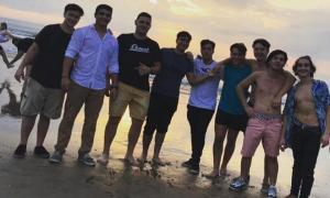 Los imputados en una playa de Villa Gesell.