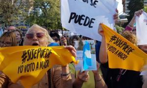 Macri continúa con su gira por el país con la esperanza de llegar al balotaje.