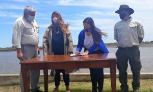 Lavalle: Construirán muelle en la zona del Parque Nacional Campos del Tuyú, tras convenio con Puertos